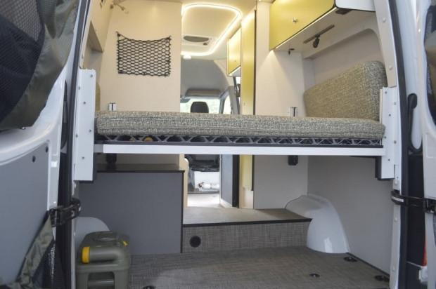 Karavan konforunda minibüs Winnebago - Page 3