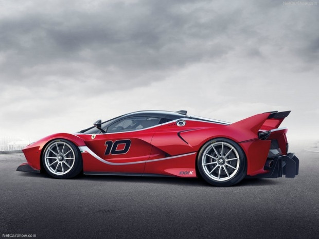 Karşınızda 1035 Beygir Ferrari FXX-K! - Page 4