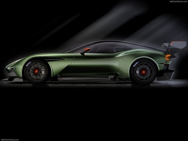 Karşınızda Aston Martin Vulcan (2016) - Page 1