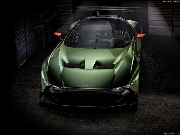 Karşınızda Aston Martin Vulcan (2016) - Page 3