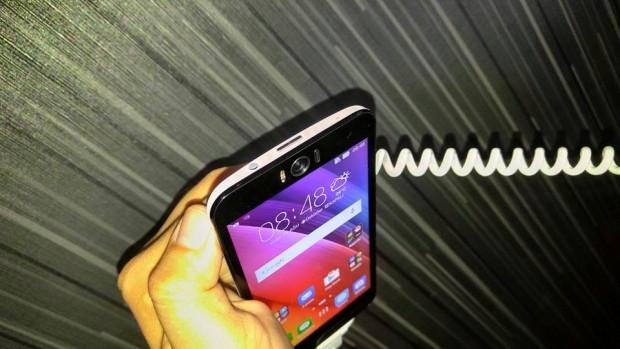 Karşınızda Asus Zenfone Selfie ve Zenfone 2 Laser - Page 1