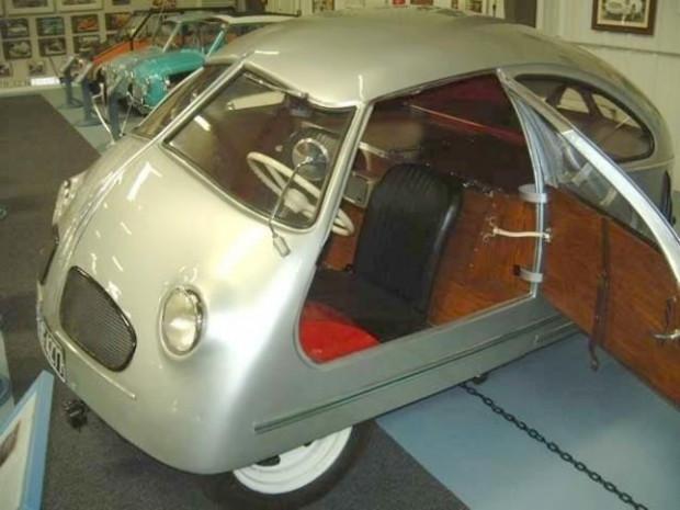 Karşınızda dünyanın en çirkin arabası - Page 3