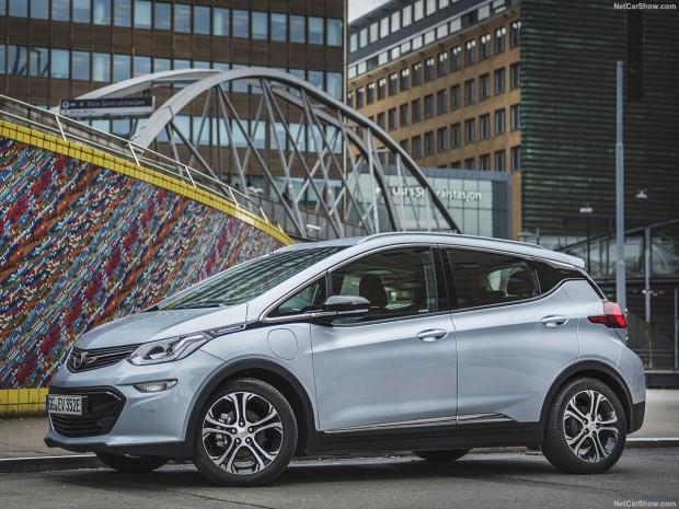 Karşınızda Opel Ampera-e 2017 - Page 1