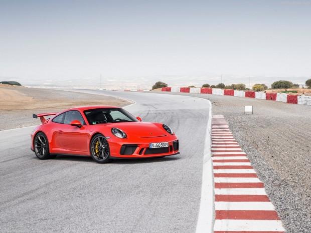 Karşınızda Porsche 911 GT3 2018 - Page 2