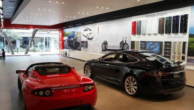Karşınızda Tesla Model S fotoğrafları! - Page 1