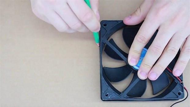 Karton kutu, fan ve çubuklarla yapabileceğiniz klima - Page 3