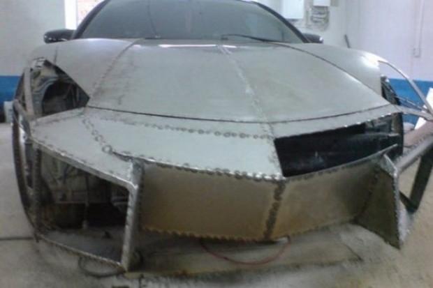 Kendi garajında Lamborghini'sini yaptı - Page 4