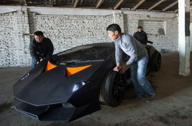 Kırgızlı gençler Lamborghini Sesto Elemento'larını üretti - Page 4