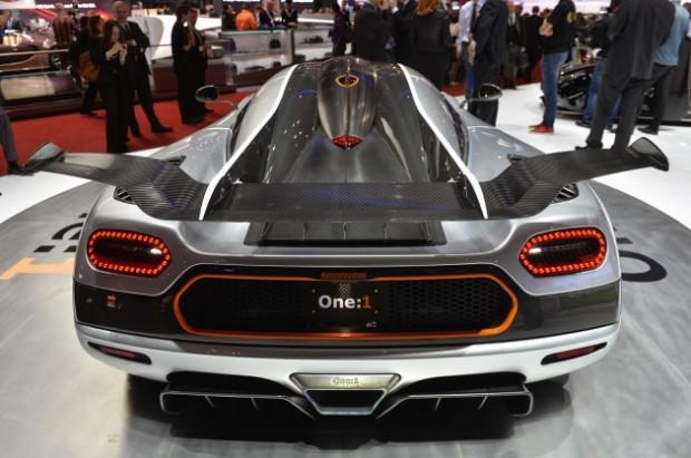 Koenigsegg One 1, 420 km hıza ulaşan Bugatti Veyron'u geride bıraktı - Page 2