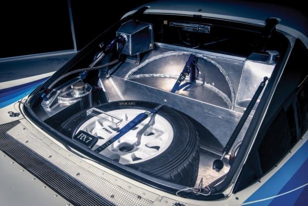 Kokpitine hayran olacağınız Mazda RX-7 Evo Group B - Page 1