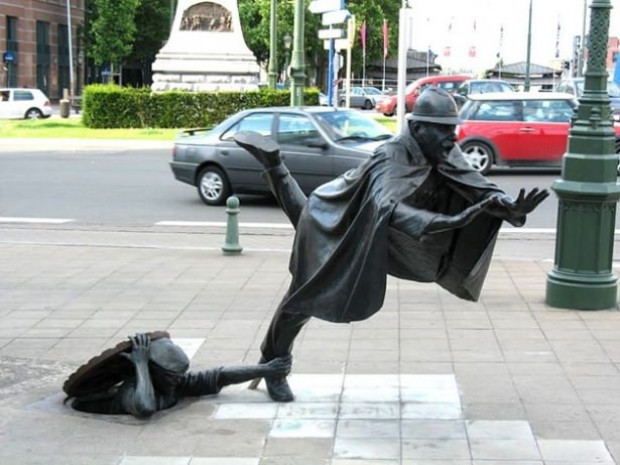 Korkutan gerçeklikte heykeller - Page 2