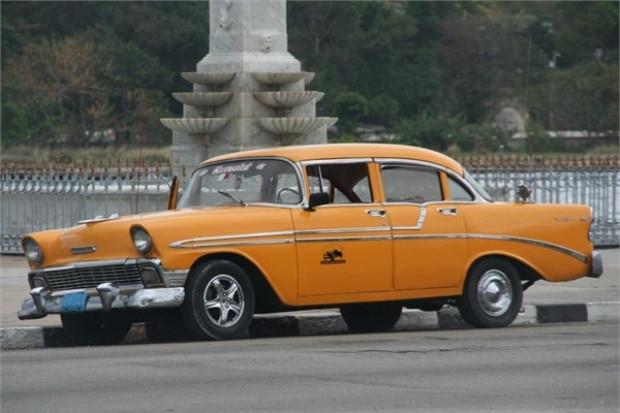 Küba sokaklarında ki klasik otomobiller - Page 3
