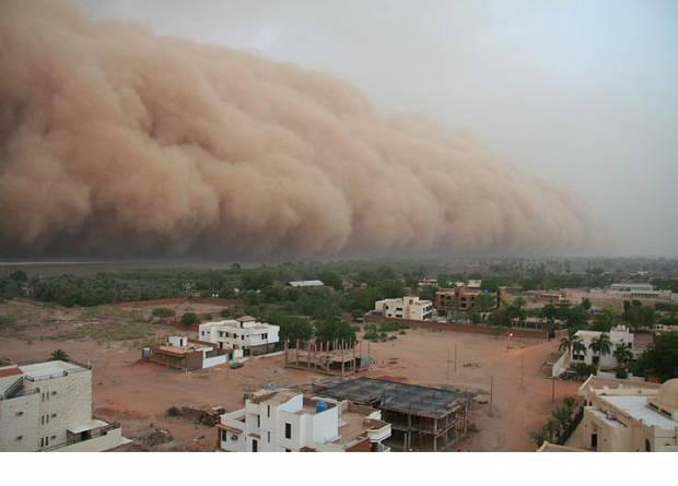Kum fırtınalarının dehşet veren görüntüleri - Page 4