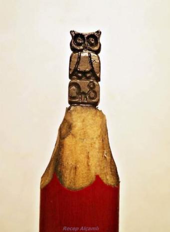 Kurşun kalemlerin ucuna işlenen minyatür figürler - Page 3