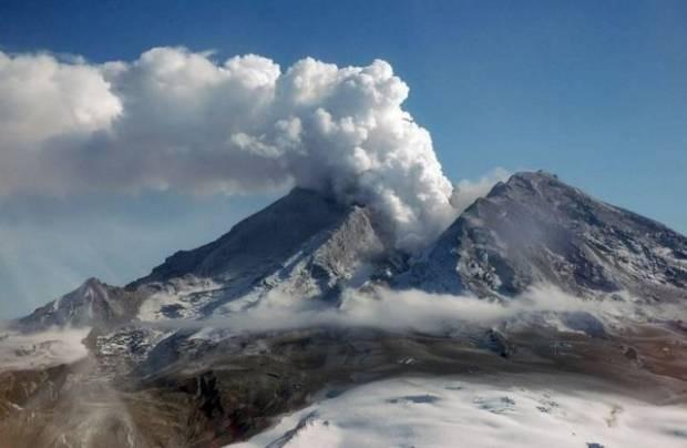 Alaska'da yanardağlar harekete geçti! - Page 3