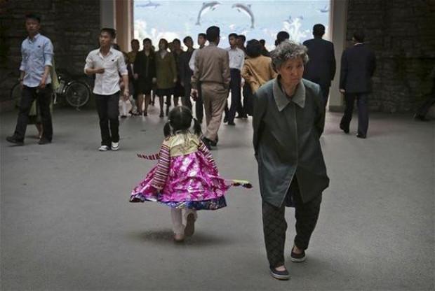 Kuzey Kore'nin günlük yaşamından kareler - Page 3