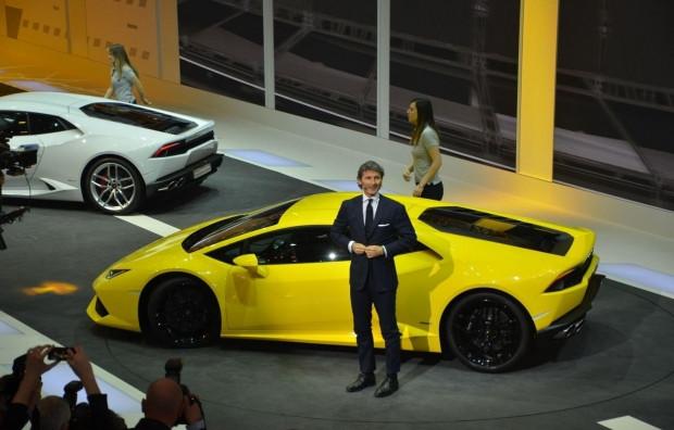 Lamborghini Huracan'ın nefes kesen tanıtımı! - Page 1