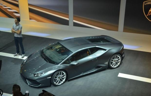 Lamborghini Huracan'ın nefes kesen tanıtımı! - Page 2