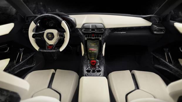 Lamborghini Urus yola çıktı - Page 3