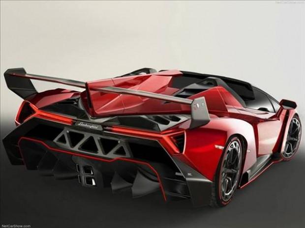 Lamborghini veneno roadster - Page 3