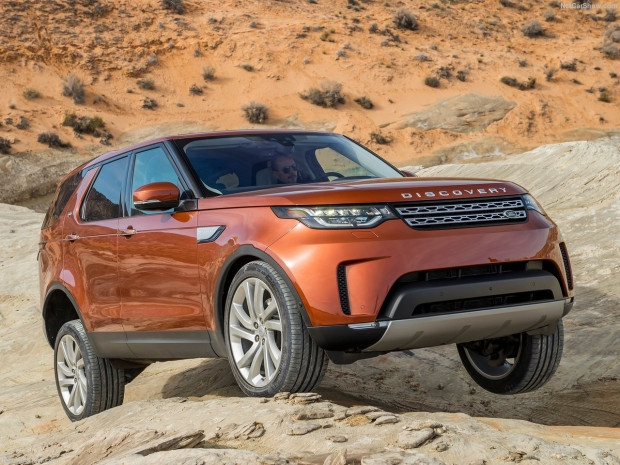 Land Rover Discovery 2017 - Page 1