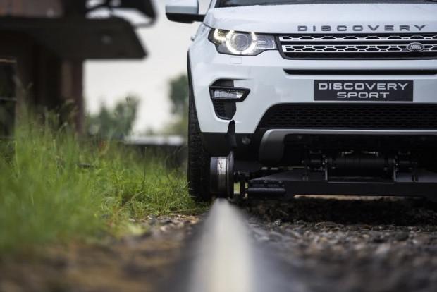 Land Rover Discovery Sport 100 tonluk treni çekerek gücünü kanıtladı - Page 3