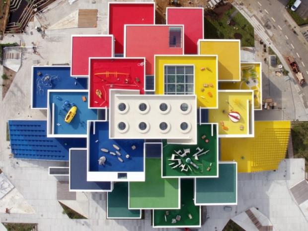 Lego Evi, büyük boy Lego tuğlalarından inşa edildi! - Page 4