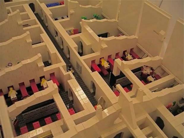Legolar ile yapılmış devasa yapıtlar - Page 4