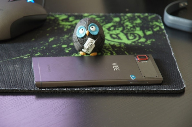 Lenovo'nun fark yaratan telefonu Vibe Z2 Pro - Page 4