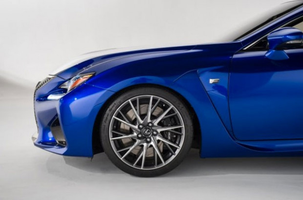 Lexus çatısı altındaki en güçlü V8'i üretti! - Page 4