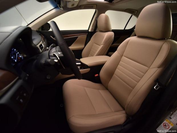Lexus GS 200t (2016) - Page 1