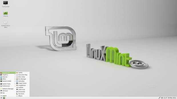 Linux Mint 12 LXDE - Page 1