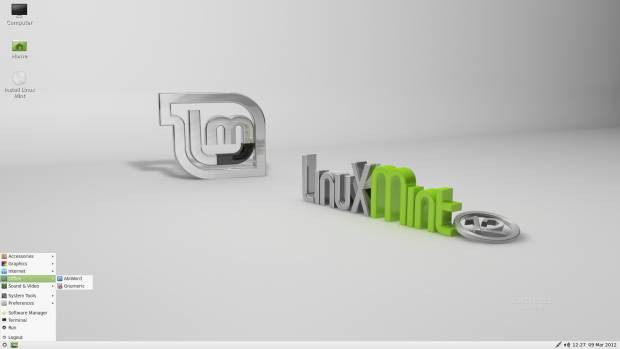 Linux Mint 12 LXDE - Page 4