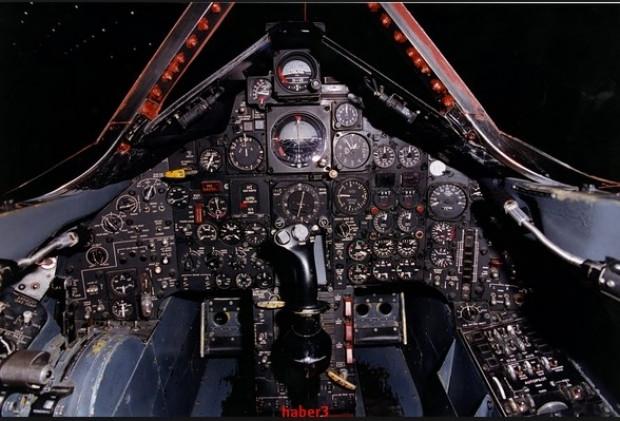 Lockheed SR-71'i vuracak uçak yok - Page 2