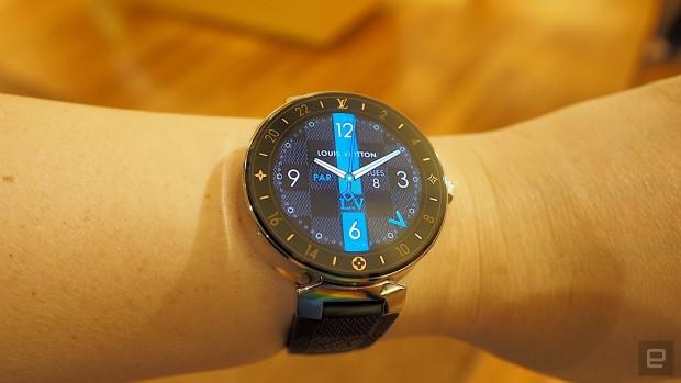 Louis Vuitton ilk akıllı saatini piyasaya sürdü - Page 1