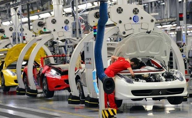 Lüks otomobil markası Ferrari, kapılarını açtı - Page 4