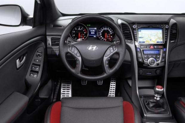 Makyajlı Hyundai i30 Türkiye'de satışa sunuldu - Page 1