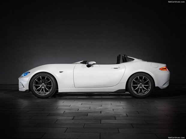Mazda MX-5 RF Kuro ve  Speedster konseptleri - Page 1