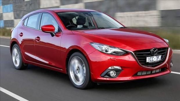 Mazda3 sedan ve hatchback karoser tiplerine dizel seçeneği - Page 1