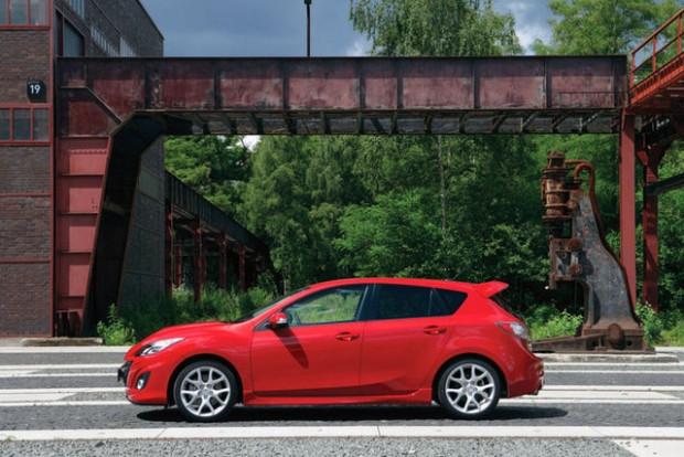 Mazda3'ün en yüksek versyonu Türkiye'de! - Page 4