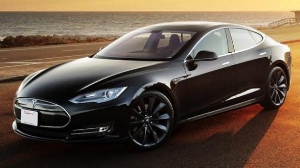 Merakla beklenen Tesla Türkiye'de - Page 4