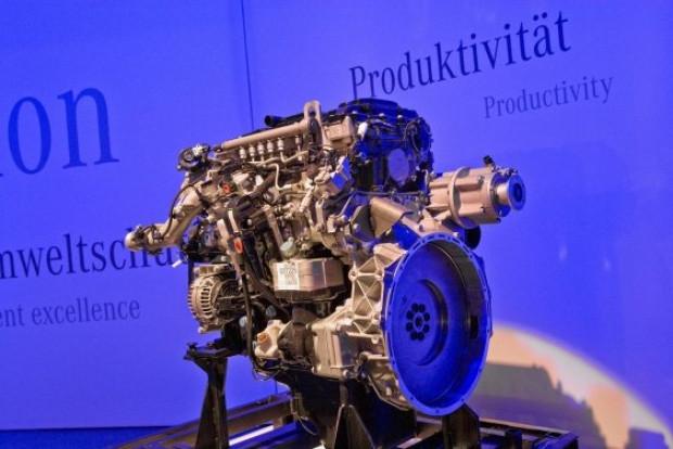 Mercedes 3 devi tanıttı Unimog ve Econic ailesi - Page 2