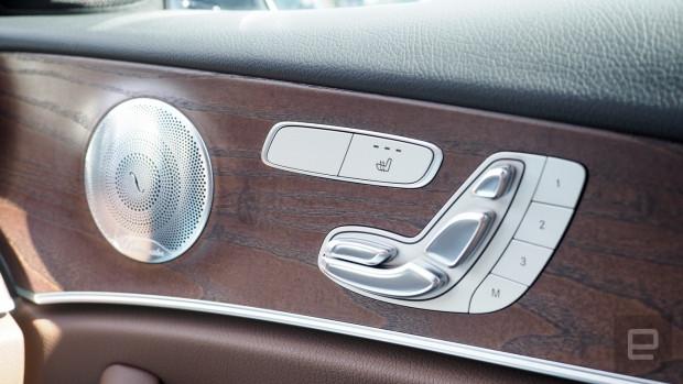 Mercedes Benz 2017 E300 - Page 2