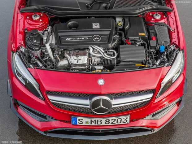 Mercedes-Benz A45 AMG 4Matic 2016 - Page 4