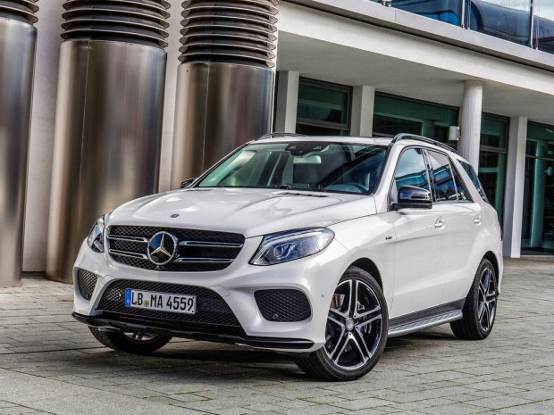 Mercedes-Benz AMG GLE450 4Matic (2016) - Page 2
