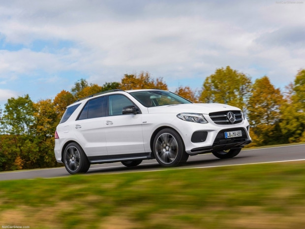 Mercedes-Benz AMG GLE450 4Matic (2016) - Page 3