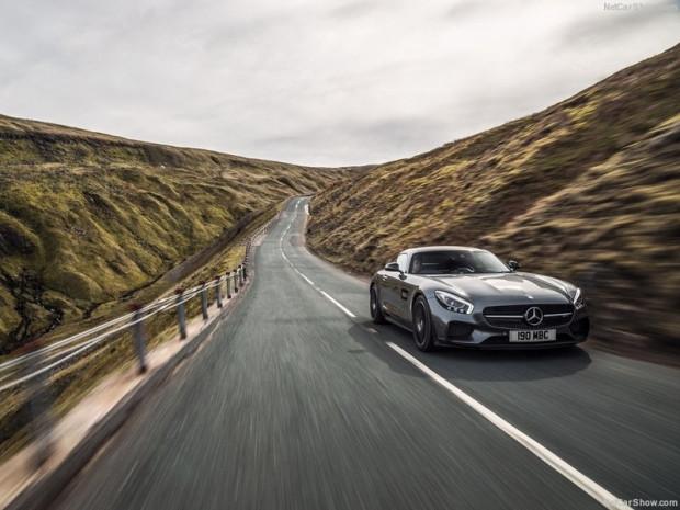 Mercedes-Benz AMG GT S İngiltere-Versyonu - Page 1