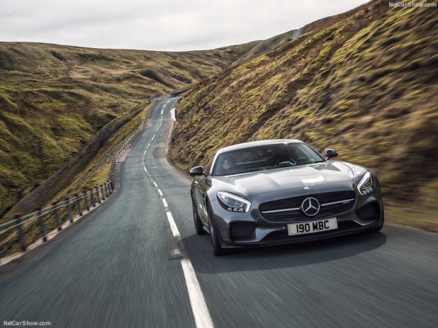 Mercedes-Benz AMG GT S İngiltere-Versyonu - Page 3