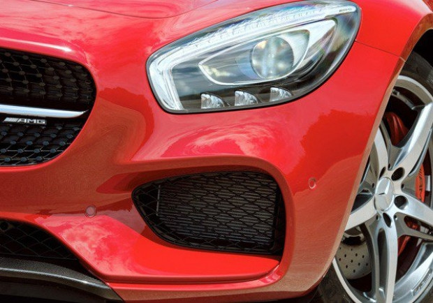 Mercedes-Benz AMG GT,Porsche'ye yeni rakip! - Page 4