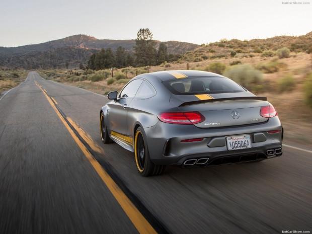 Mercedes-Benz C63 AMG Coupe Edition 1 tanıtıldı - Page 1